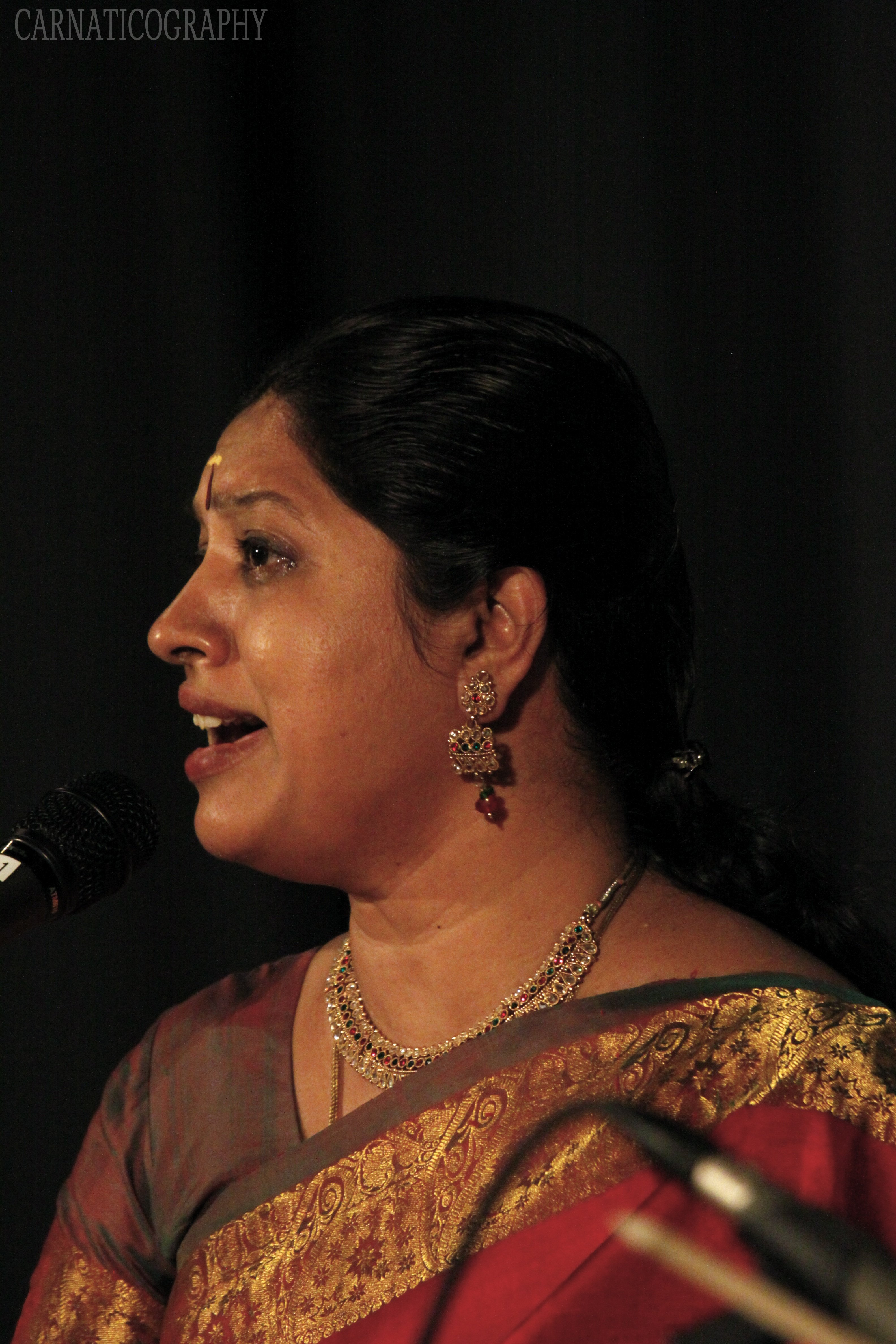 Chithra Sathish - Mambalam Sisters Concert
