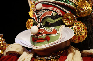 Kalamandalam Shanmukhan as Ravana